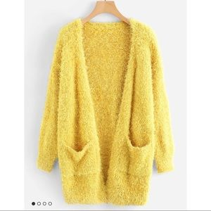 🌟FINAL PRICE 🌟Fuzzy Yellow Sweater